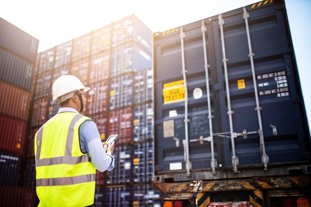 Vận chuyển container