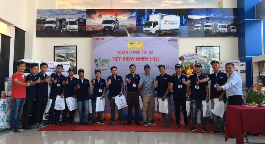Huấn luyện lái xe an toàn, tiết kiệm nhiên liệu cho các tài xế của Nhất Tín Logistics