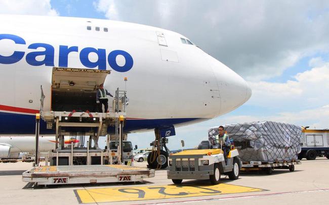 Các công ty logistics hàng không sống khỏe, có lãi trong khi Vietjet Air, Vietnam Airlines vẫn lỗ